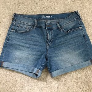 Old navy rolled cuff 5 inch shorts